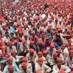 Mumbai : Farmers Protest in Azad Maidan for various Demand on Monday . Photo by BL SONI