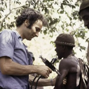 Cuban Doctors Provide Vaccinations in Senegal in 1973