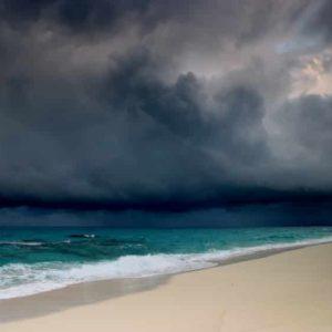 big-storm-clouds-over-beach